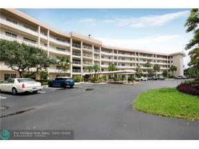 Property for sale at 555 Oaks Ln Unit: 309, Pompano Beach,  Florida 33069
