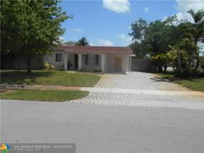 Property for sale at 160 NE 55th St, Oakland Park,  Florida 33334