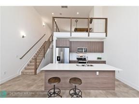 Property for sale at 410 NE 36th St Unit: 11, Oakland Park,  Florida 33334