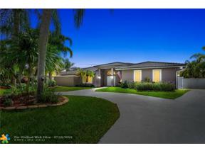 Property for sale at 6600 Falconsgate Ave, Davie,  Florida 33331