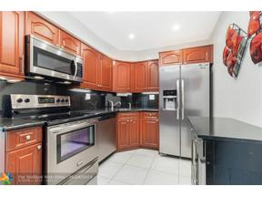 Property for sale at 3200 NE 36th St Unit: 318, Fort Lauderdale,  Florida 33308