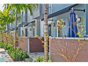 Property for sale at 410 NE 36th St Unit: 8, Oakland Park,  Florida 33334