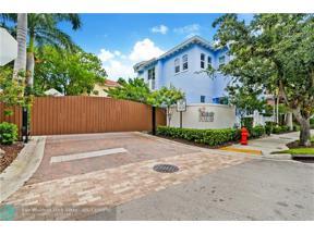 Property for sale at 916 NE 17 Way, Fort Lauderdale,  Florida 33304