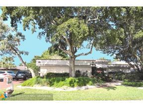 Property for sale at 8941 S Lake Dasha Dr, Plantation,  Florida 33324