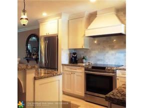 Property for sale at 2401 NE 36th St Unit: 202, Lighthouse Point,  Florida 33064