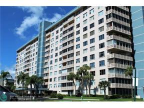 Property for sale at 4001 Hillcrest Dr Unit: 211, Hollywood,  Florida 33021