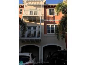 Property for sale at 2365 Vintage Dr Unit: 2365, Lighthouse Point,  Florida 33064