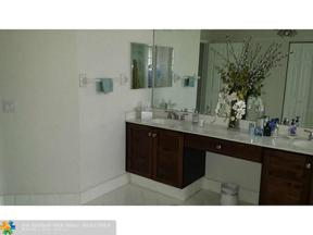 Property for sale at 11531 NW 68th Ter, Doral,  Florida 33178
