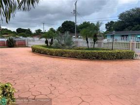 Property for sale at 17230 NW 47th Ct, Miami Gardens,  Florida 33055