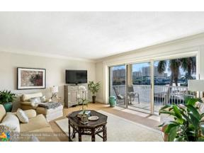 Property for sale at 2900 NE 33rd Ct Unit: 303, Fort Lauderdale,  Florida 33306
