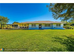 Property for sale at 10820 SW 57th Pl, Cooper City,  Florida 33328