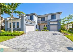 Property for sale at 10452 N Lago Vista Circle, Parkland,  Florida 33076