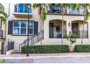 Property for sale at 2617 NE 14th Ave Unit: 111, Wilton Manors,  Florida 33334