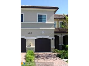 Property for sale at 4212 N Dixie Hwy Unit: 38, Oakland Park,  Florida 33334