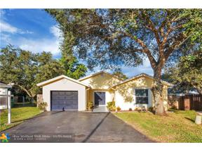 Property for sale at 1032 SW 119th Ave, Davie,  Florida 33325