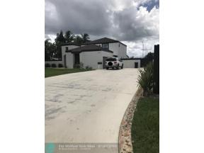 Property for sale at 15440 SW 156th Ave, Miami,  Florida 33187