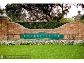 Property for sale at 9141 Lake Park Cir, Davie,  Florida 33328
