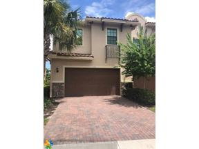 Property for sale at 132 SW 127th Ter Unit: 132, Plantation,  Florida 33325