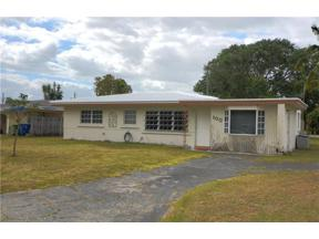 Property for sale at 100 Almar Dr, Wilton Manors,  Florida 33334