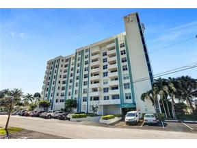 Property for sale at 3210 SE 10th St Unit: 5E, Pompano Beach,  Florida 33062