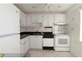 Property for sale at 7300 NW 4th Pl Unit: 207, Margate,  Florida 33063