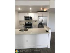 Property for sale at 600 NE 36th St Unit: 206, Miami,  Florida 33137