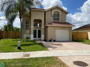 Property for sale at 15582 SW 148th Ter, Miami,  Florida 33196