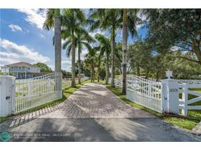 Property for sale at 4001 SW 73rd Ave, Davie,  Florida 33314