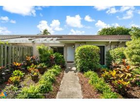 Property for sale at 5213 E Lakes Dr, Deerfield Beach,  Florida 33064