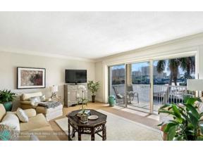 Property for sale at 2900 NE 33rd Ct Unit: 303, Fort Lauderdale,  Florida 33306