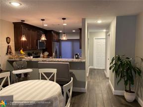 Property for sale at 2124 NE 44th Street Unit: 10, Lighthouse Point,  Florida 33064
