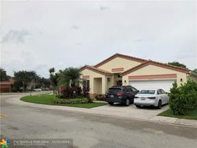 Property for sale at 10765 SW 17th Pl, Davie,  Florida 33324