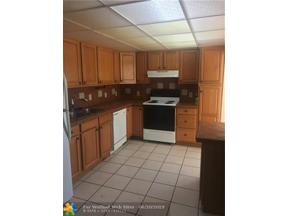 Property for sale at 5409 NE 3rd Ave, Oakland Park,  Florida 33334