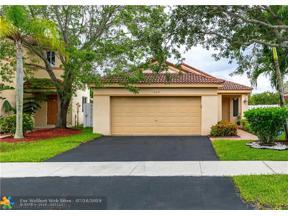 Property for sale at 1459 Estancia Cir, Weston,  Florida 33327