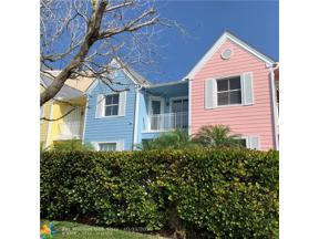 Property for sale at 2870 Marina Cir Unit: 2870, Lighthouse Point,  Florida 33064