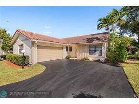 Property for sale at 9501 Shadow Wood Ln, Coral Springs,  Florida 33071