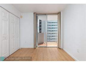 Property for sale at 7933 West Dr Unit: 923, North Bay Village,  Florida 33141