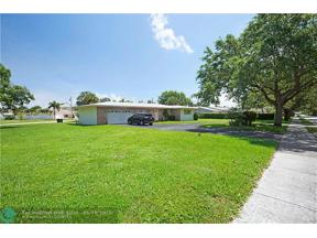 Property for sale at 2601 NE 27th St, Lighthouse Point,  Florida 33064