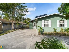 Property for sale at 815 Silver Beach Rd, Lake Park,  Florida 33403