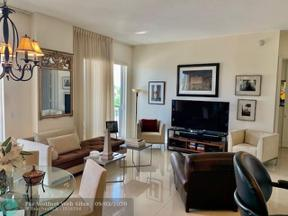 Property for sale at 2631 NE 14th Ave Unit: 202, Wilton Manors,  Florida 33334