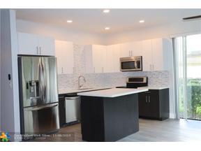Property for sale at 8081 Palmetto Palm Cir Unit: 52, Tamarac,  Florida 33321