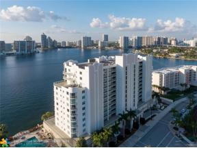 Property for sale at 18100 N Bay Rd Unit: 707, Sunny Isles Beach,  Florida 33160