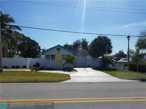 Property for sale at 1240 NE 34th Ct, Oakland Park,  Florida 33334