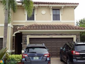 Property for sale at 12390 N Village Cir, Davie,  Florida 33325