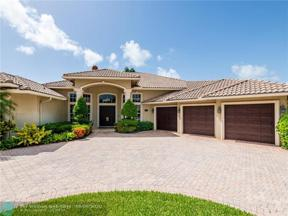 Property for sale at 2412 NE 27th St, Lighthouse Point,  Florida 33064