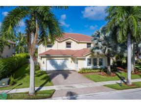 Property for sale at 905 Tradewinds Bnd, Weston,  Florida 33327
