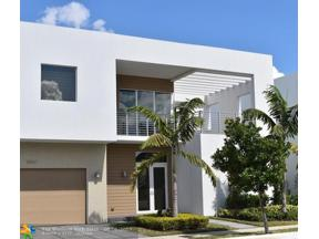 Property for sale at 10061 NW 75th St, Doral,  Florida 33178