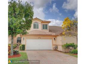 Property for sale at 8120 Madison Lakes Cir, Davie,  Florida 33328