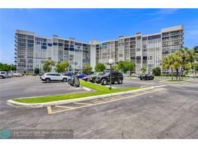 Property for sale at 1000 Parkview Dr Unit: 110, Hallandale,  Florida 33009