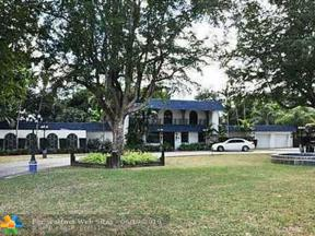 Property for sale at 990 Hunting Lodge Dr, Miami Springs,  Florida 33166